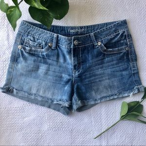 Amethyst Jeans Shorts Distressed Size 11